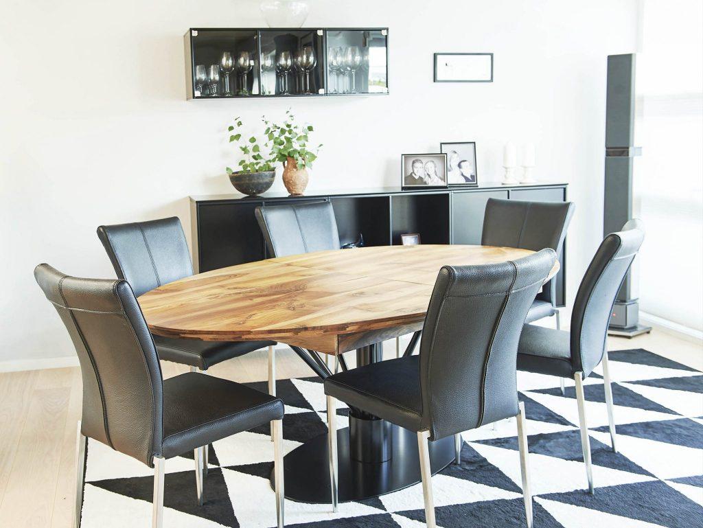 Spisebord - Ellipse Eg Hvidolie på Anemonestel med udtræk